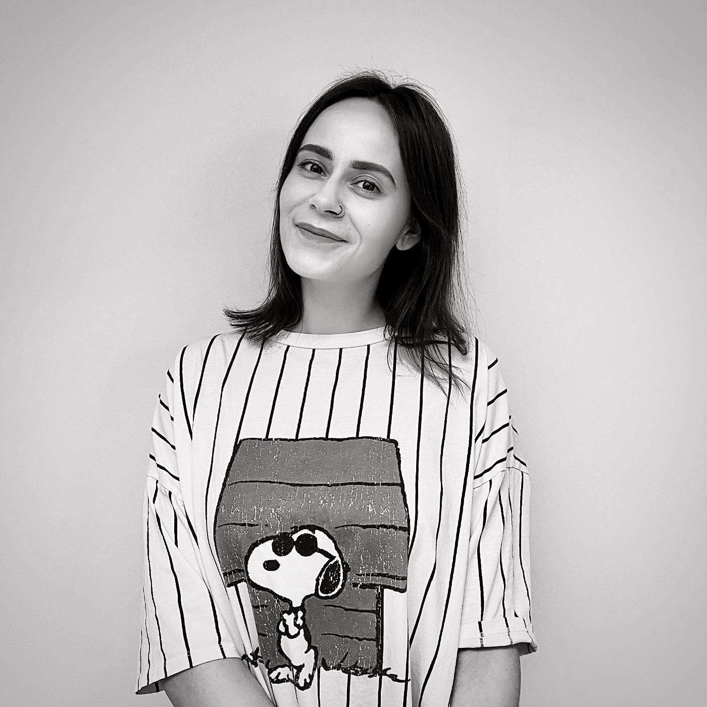Оля. Джуниор дизайнер